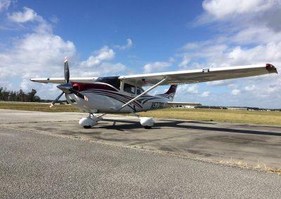 Cessna 182T Skylane N577AU